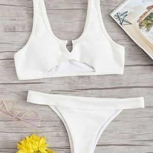 SHEIN never before worn trendy white bikini!